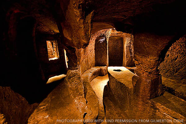 The Mystery Tour - Gilmerton Cove, Craigmillar Castle and Rosslyn Chapel